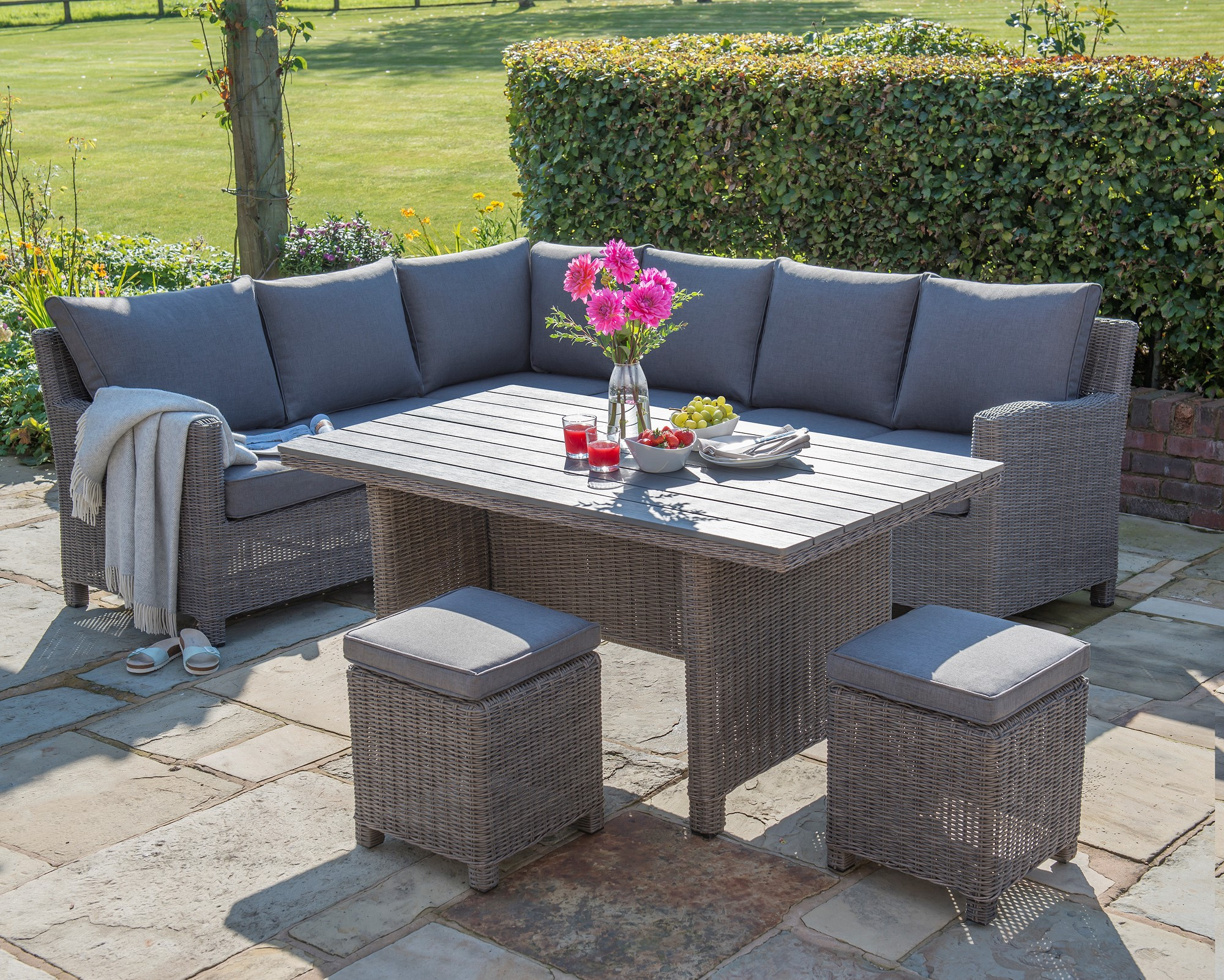 Palma Sectional by Kettler